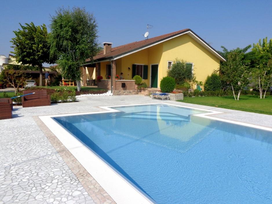 Pavimento piscina in palladiana di marmo 14 palladiana marmo - Piscine di rosa ...